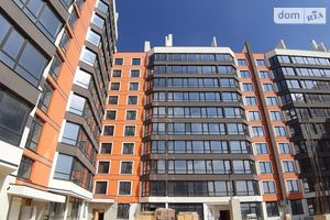 Продается 3-комнатная квартира 99.5 кв. м в Черновцах