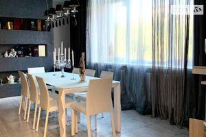 Продається 4-кімнатна квартира 165 кв. м у Дніпрі
