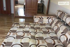 Сдается в аренду 1-комнатная квартира 35 кв. м в Ужгороде