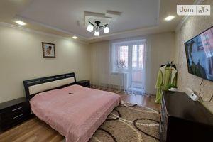 Продается 3-комнатная квартира 82.5 кв. м в Тернополе