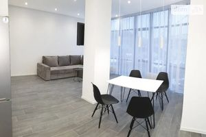 Сдается в аренду 3-комнатная квартира 78 кв. м в Киеве