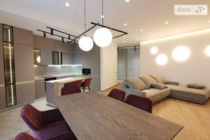 Сдается в аренду 4-комнатная квартира 150 кв. м в Киеве