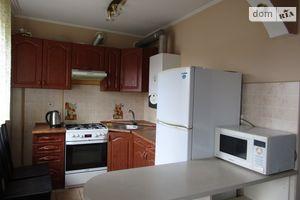 Продается 3-комнатная квартира 53 кв. м в Ужгороде