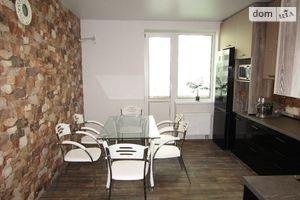 Продается 3-комнатная квартира 105.7 кв. м в Киеве