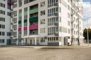 Продається 2-кімнатна квартира 61.3 кв. м у Одесі