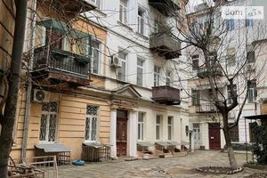 Продается комната 63 кв. м в Одессе