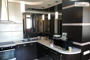 Продается 3-комнатная квартира 84 кв. м в Одессе