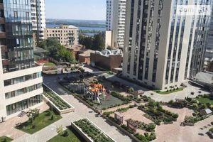 Продается 3-комнатная квартира 81 кв. м в Днепре