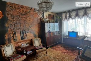 Продается 3-комнатная квартира 58 кв. м в Полтаве