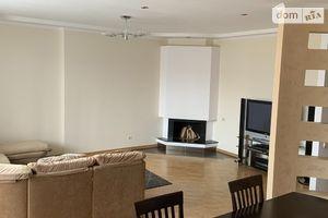 Продается 3-комнатная квартира 110.4 кв. м в Тернополе