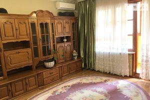 Продається 3-кімнатна квартира 74 кв. м у Одесі
