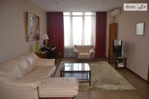 Продається 3-кімнатна квартира 133.9 кв. м у Києві