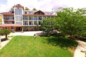 Продається база відпочинку, пансіонат 960 кв. м в 4-поверховій будівлі