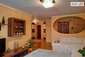 Продается 3-комнатная квартира 88.9 кв. м в Тернополе