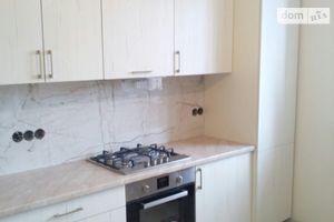 Продается 4-комнатная квартира 120 кв. м в Ужгороде