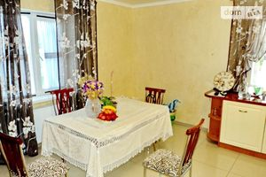 Продается дом на 2 этажа 290 кв. м с камином