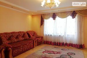 Продается 4-комнатная квартира 93.3 кв. м в Тернополе