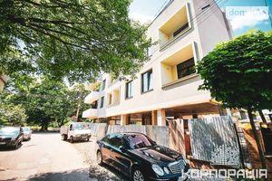 Продается 2-комнатная квартира 60.82 кв. м в Ужгороде