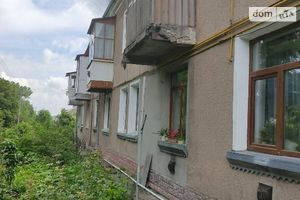 Продается 3-комнатная квартира 70 кв. м в Гусятине