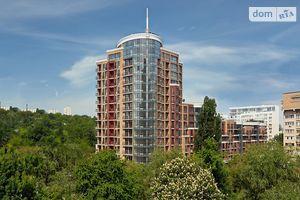 Продається 5-кімнатна квартира 166 кв. м у Києві