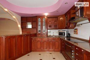 Продается 4-комнатная квартира 158.4 кв. м в Харькове