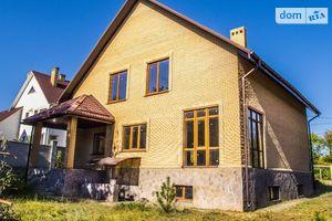 Продается дом на 2 этажа 235 кв. м с мансардой