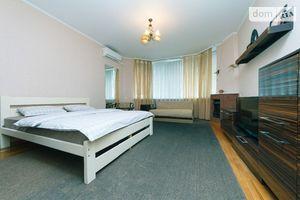Сниму недвижимость на Николой  Бажане Киев посуточно